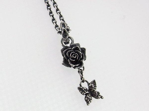 薔薇、バラのペンダント