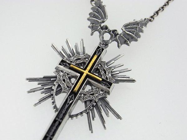 十字架、悪魔、羽根ペンダント