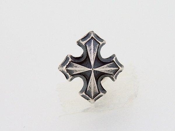 ゴシック十字架ピアス1